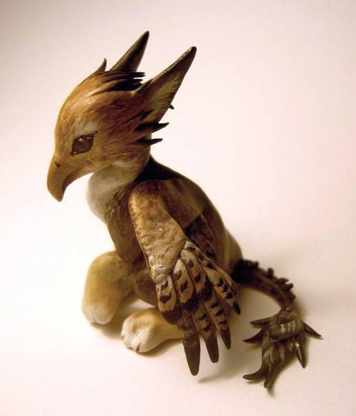 Griffin, sculpture, incredible creations, Victoria Morris